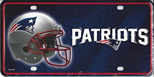 (NFL New England Patriots Metal License Plate Tag)