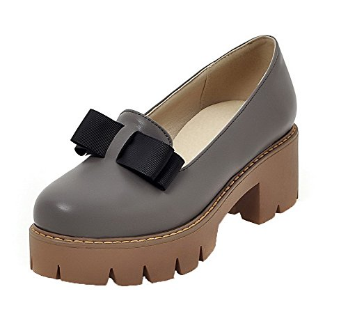VogueZone009 Women's PU Kitten-Heels Round Closed Toe Solid Pull-on Pumps-Shoes Gray fl0nOGzvg9