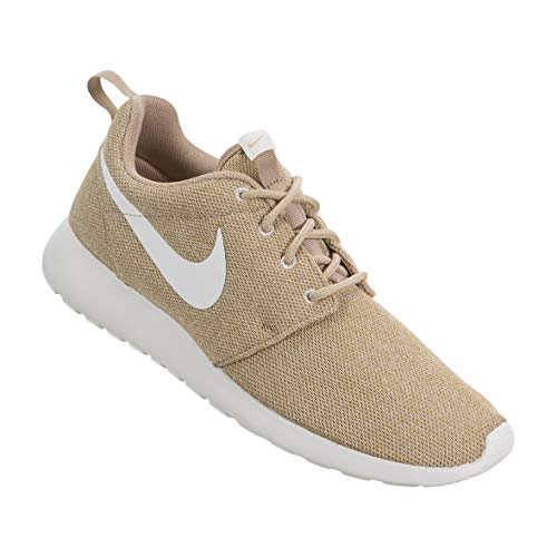 Nike Womens Roshe One Trainers (7 B, Bio Beige/Summit White) ()