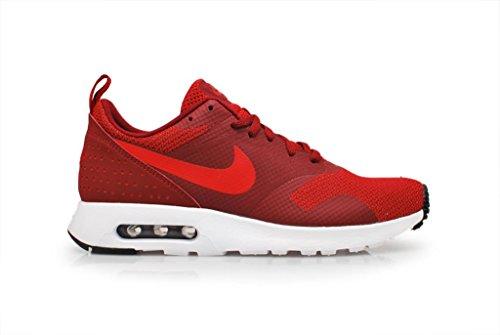 Nike Air Tavas Om Man Gymnastiksko Röd