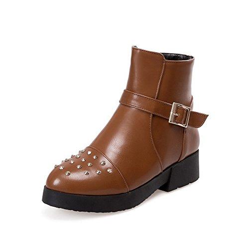 AllhqFashion Womens PU Low-Top Solid Zipper Low-Heels Boots Brown