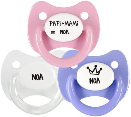 Pack 3 chupetes personalizados Modelo Papi mas Mami con el nombre de Noa: Amazon.es: Bebé