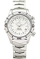 The Abingdon Co Marina Dive Watch in Shark White with Wetsuit Band Expander