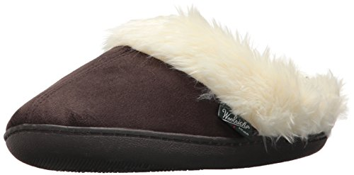 Woolrich Women's Cabin Lounger Moccasin, Chocolate, 9 M ()