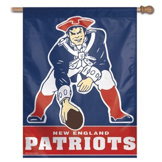 NFL New England Patriots 27-by-37-Inch Vertical Flag
