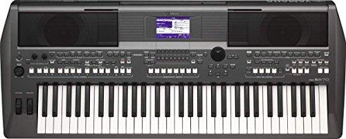 Yamaha PSRS670 61-Key Keyboard, Black