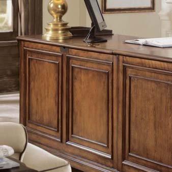 (Hooker Furniture Brookhaven Executive L Shaped Computer Desk)