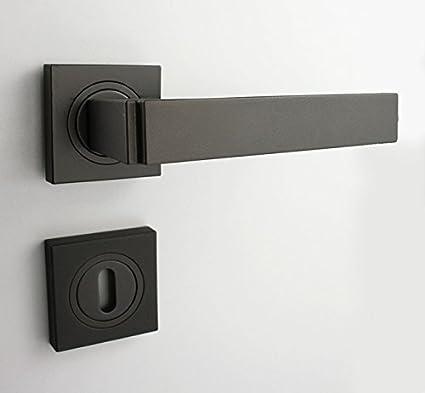 Pomo (mate, cerradura de gorja), color negro