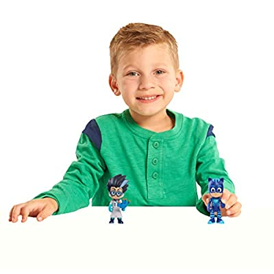 Just Play JPL24811 PJ Masks Light Up Figures Catboy vs Romeo, One Size, Multicolor: Toys & Games
