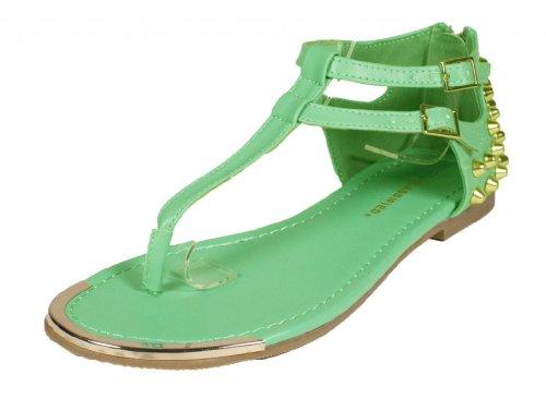Förenad! Efter Stad Klassificeras Edgy Gladiator Inspirerade T Rem Sandaler Med Nitar Och Metall Inredning I Aqua Läder
