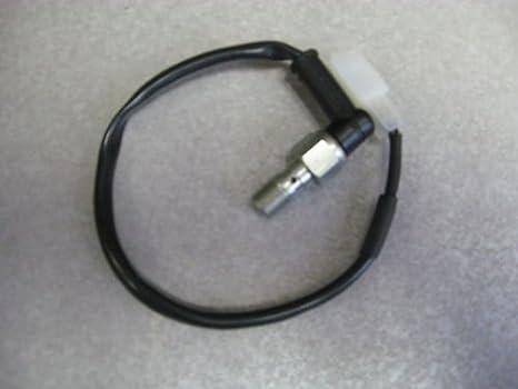 amazon com ktm rear brake light switch 200 250 450 xc xcf xcw excamazon com ktm rear brake light switch 200 250 450 xc xcf xcw exc 50311051100 automotive