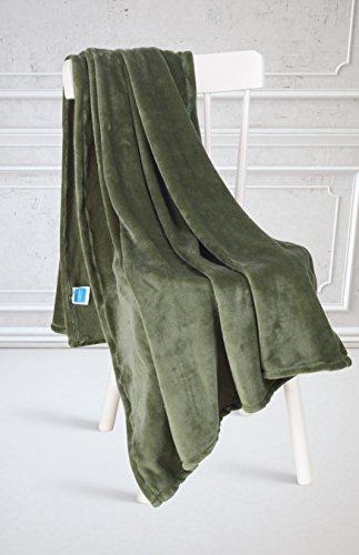 Super Soft Flannel Fleece Luxury Micro-fiber Cozy Plush Velvet Fuzzy Faux Fur Fluffy Lightweight Solid Scarf, Throw & Bed Blanket Throw-Hunter Green