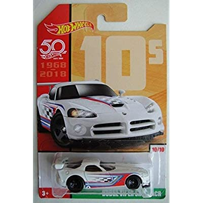 Hot Wheels 10s, WHITE DODGE VIPER SRT10 ACR 10/10 50TH ANNIVERSARY: Toys & Games