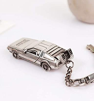 Amazon.com: Llavero 3D de Back To The Future Delorean.: Clothing