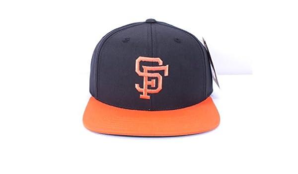 8d69eaf073d Amazon.com   American Needle SAN Francisco Giants MLB Vintage Snapback Cap  (D23)   Sports   Outdoors