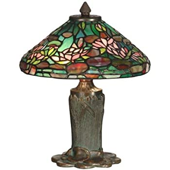 daffodil tiffany style table lamp. Black Bedroom Furniture Sets. Home Design Ideas