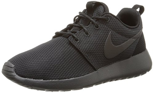 Nike Men's Rosherun Running Shoe.