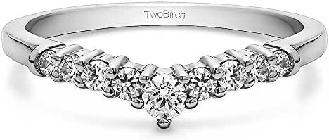 Sterling Silver Chevron Inspired Curved Band with Cubic Zirconia (0.33 ct. tw.)