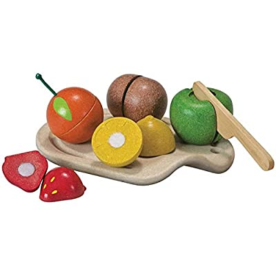 PlanToys 7 Piece Assorted Fruit Kitchen Food Playset (3600) | Sustainably Made from Rubberwood and Non-Toxic Paints and Dyes: Toys & Games