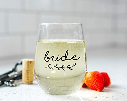 Bride Wine Glass with Wreath, Choose Font Color, Custom Stemless Wine Glass, Bride Gift Ideas, Wedding Gift Ideas, Bridal Shower Wine Glass