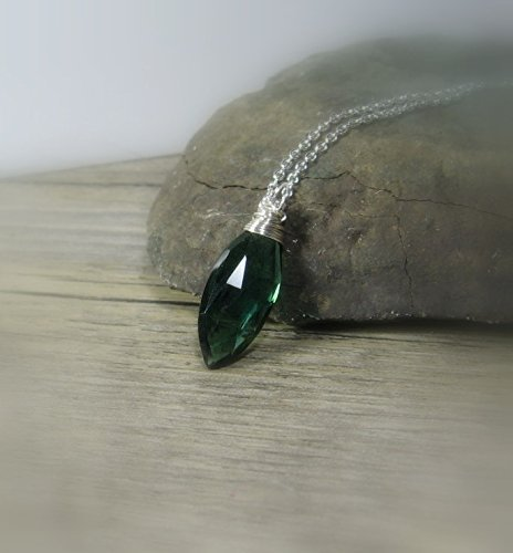 Gemstone Solitaire Pendant, Green Quartz, Sterling Silver Layering Necklace 18