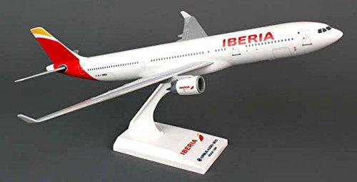 daron-skymarks-skr836-iberia-airlines-spain-airbus-a330-300-1200-scale-regf-wwka
