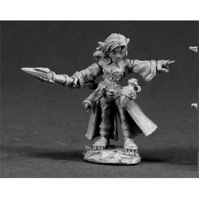 Reaper Minatures Cassie, Female Gnome Wizard ()