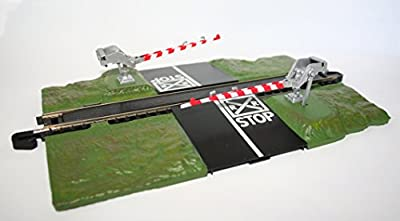 Bachmann Trains Snap - Fit E - Z Track Crossing Gate – HO Scale by Bachmann Industries Inc