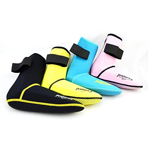Top Surfing Boots and Socks - Surfboardist
