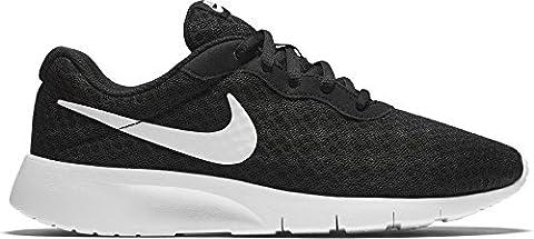 New Nike Boy's Tanjun Sneaker Black/White/White 3.5 (Nike Diamond Cross)