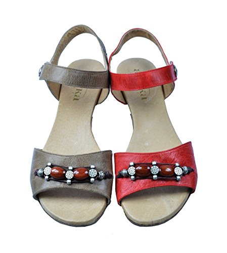 Octave. Fashion flat sandal in a wide fitting EE Red UYUzpJDE