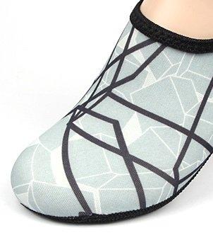 NBERA 2econdskin Barfuß Wasser Haut Schuhe Aqua Socken für Beach Swim Surf Yoga Übung 2017 Grau / Schwarzes Muster