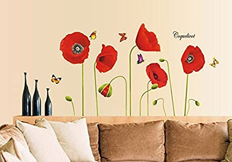 Flores rojas Rama de flores de amapolas Mariposas Césped ...