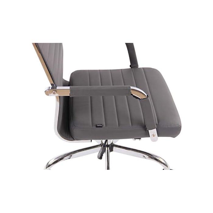 41jbqOrQeBL AJUSTABLE: La silla de oficina Amadora cuenta con un mecanismo de balanceo en el respaldo que se ajusta con el adaptador de rosca ubicado debajo del asiento, allí se encuentra también la manivela que permite ajustar la altura de la silla. El asiento puede dar un giro de 360° y gracias a las ruedas de su base permite a la unidad deslizarse por diversas superficies. MATERIALES: La estructura de la silla así como la base están hechas de metal en efecto óptico cromado brillante. La silla cuenta con un tapizado en cuero sintético (100% poliuretano), dicho material es resistente y fácil de limpiar. Las ruedas de la base son de polipropileno suave, que permite rodar con facilidad. DIMENSIONES: La silla ejecutiva tiene las siguientes medidas aproximadas: Alto: 96-106 cm I Ancho: 51 cm I Profundidad: 63 cm I Altura del asiento: 43 - 51 cm I Superficie del asiento (AxP): 46 x 49 cm I Altura del respaldo: 58 cm I Altura del reposabrazos: 19 cm I Capacidad máxima de carga: 120 kg I Peso: 11 kg.