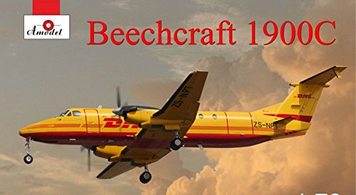 Beechcraft King Air - PLASTIC MODEL AIRPLANE AIRLINER BEECHCRAFT 1900C DHL 1/72 AMODEL 72345