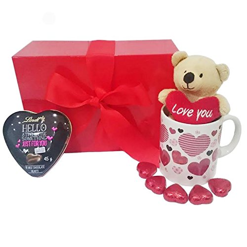 Mother's Day Gift Set with Heart Chocolates, Mug and Teddy Bear and Lindt Heart in Scarlet Box ()
