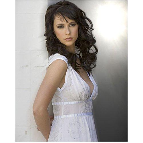 Jennifer Love Hewitt 8 x 10 Photo Ghost Whisperer Criminal Minds I Know What you Did Last Summer White Dress Hands Behind Back Pose 2 kn ()
