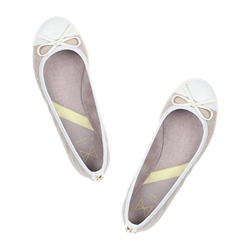 Butterfly Twists Damen Olivia II Geschlossene Ballerinas Beige