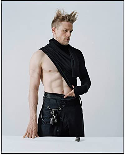 King Arthur Legend Of The Sword 2017 8 Inch By 10 Inch Photograph Charlie Hunnam From Thighs Up Shirt Half On Off Kn At Amazon S Entertainment Collectibles Store