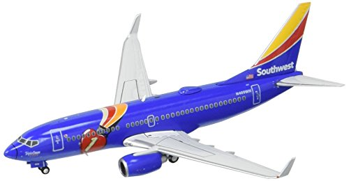gemini-jets-southwest-b737-700-new-triple-crown-one-livery-airplane-model-1400-scale