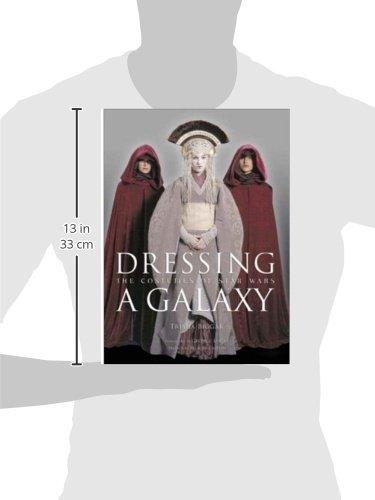 Dressing a Galaxy: The Costumes of St: The Costumes of Star Wars: Amazon.es: Trisha Biggar: Libros en idiomas extranjeros