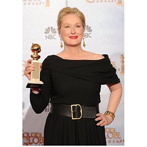 Meryl Streep 8 Inch x 10 Inch Photo in Black Dress Holding Her Golden Globe Award Pose 3 kn