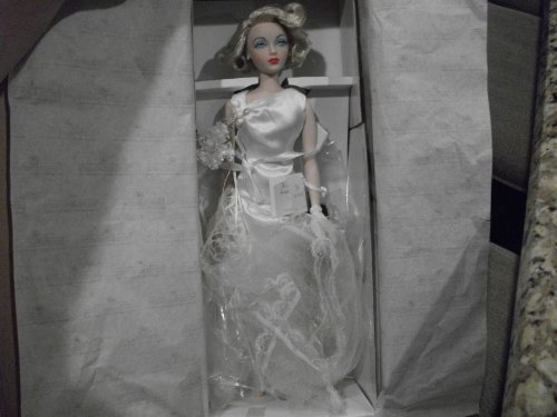 - Ashton Drake Gene I Do Doll in Box