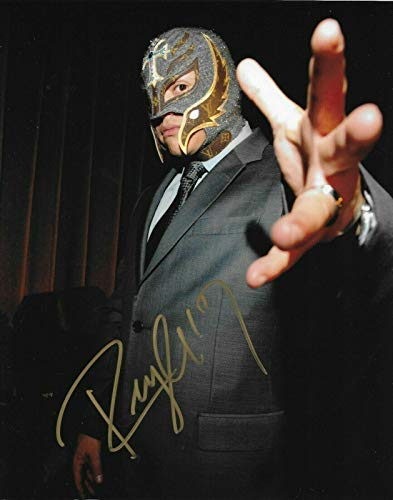 Rey Mysterio 619 Wwe Signed Autograph 8x10 Photo #2 W/Proof Wrestling Ink - Autographed Wrestling Photos