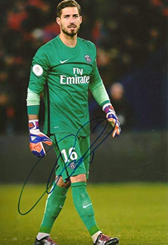 Kevin Trapp SOCCER autograph, In-Person signed photo