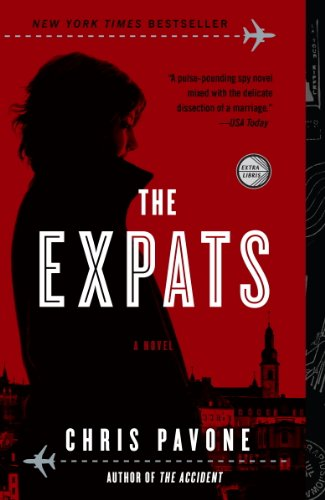 The Expats: A Novel]()