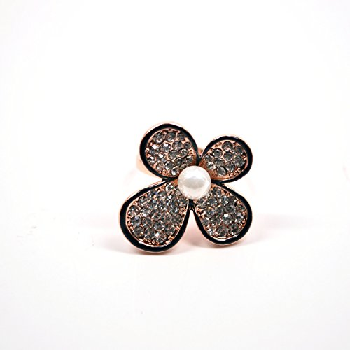 Sparkly Pave Crystal Encrusted Flower Gold Plated Ring with Pearl Imitation Center (7) ()