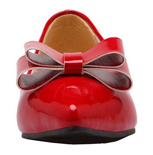 Allhqfashion Kvinners Solid Patent Lær Lav Hæl Lukket-toe Pumper-sko Røde