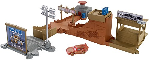 Disney/Pixar CARS 3 - Details & Downloadable Activity Sheets #Cars3 - Disney Pixar Cars 3 Thunder Hollow Challenge Playset