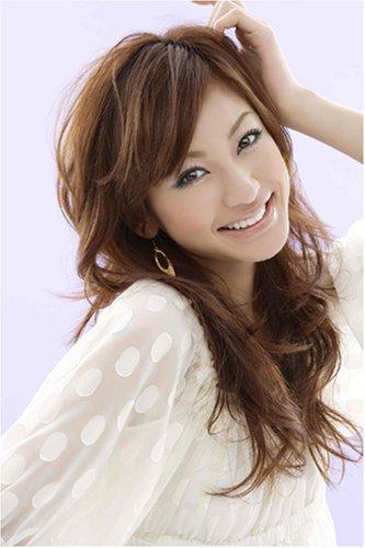 西山茉希の巻き髪画像